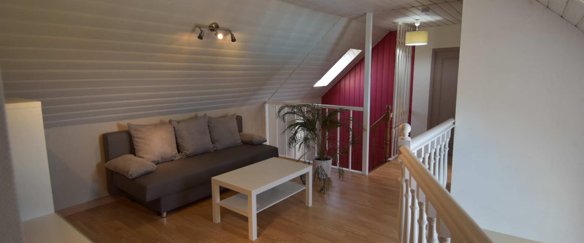cleder8-salon-etage2.jpg