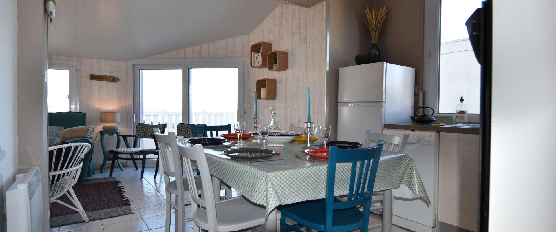 ti-ann2-cuisine-et-salle.jpg